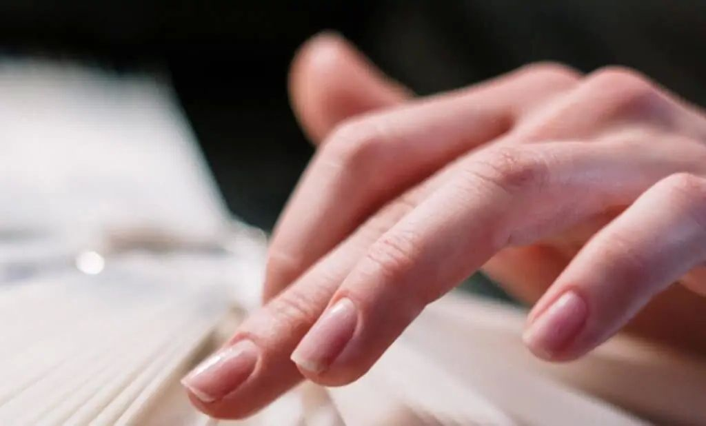 The shape and size of the nails are genetic.